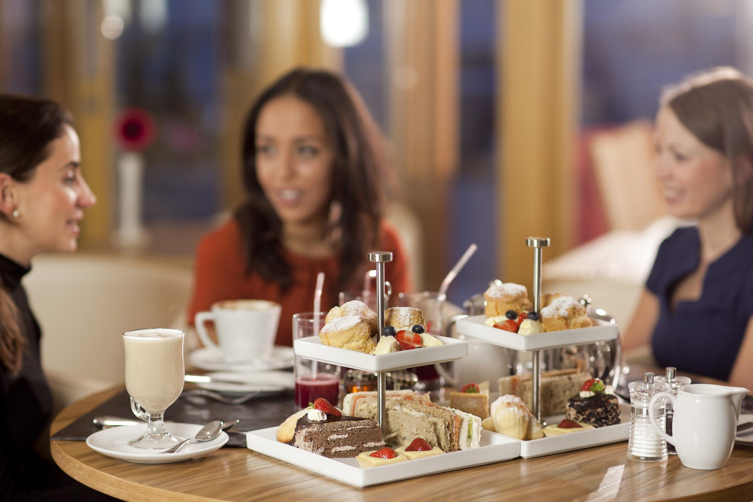 8. Retailers Renew Attack on Restaurants