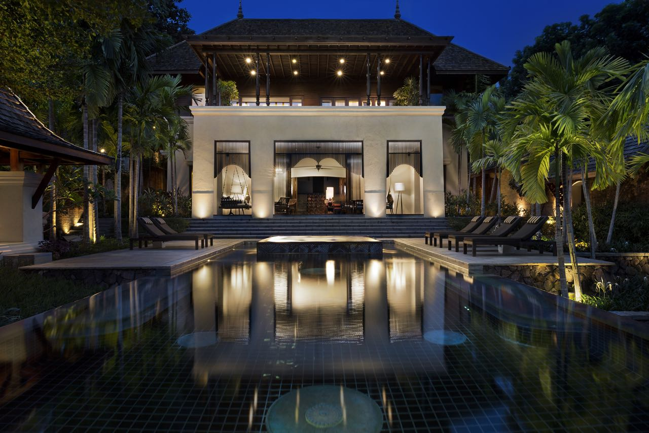Four Seasons Resort Chiang Mai Residences Pool and Living Room