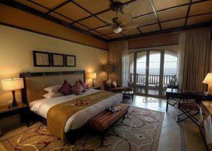 Desert Island Anantara Deluxe-Room