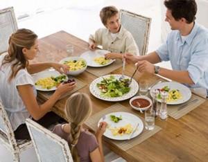family-dinner1