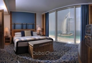 Jumeirah_Beach_Hotel_-_Ocean_Suite_Main_Bedroom