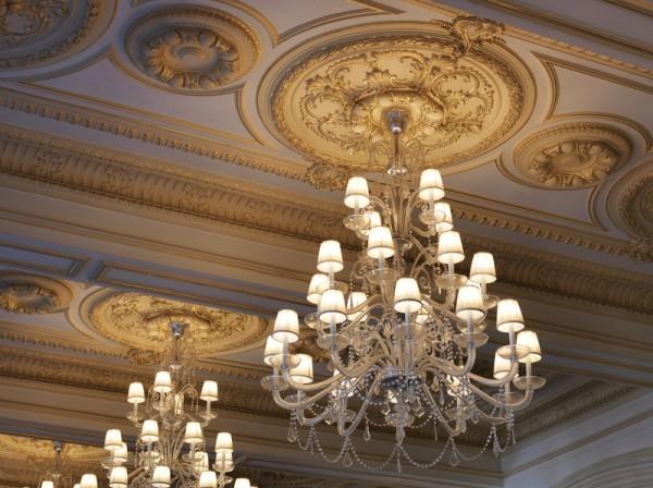 Pera_Palace_Hotel_Jumeirah_-_Grand_Pera_Ballroom_Chandelier_