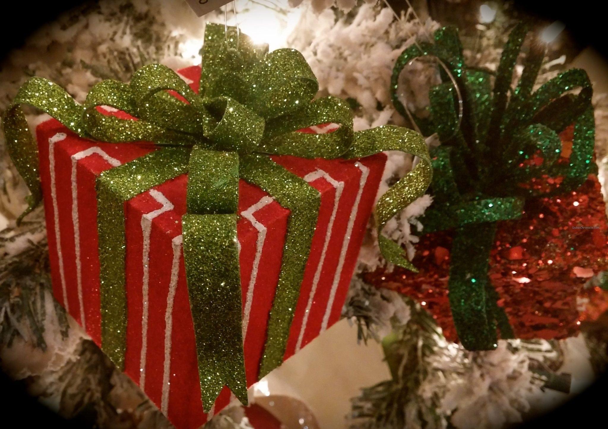 How to make christmas gift giving more fun dubai chronicle christmas gifts negle Images