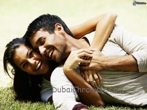 couple-on-the-grass,-happiness,-smile-153561