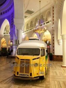 mobile food truck dubai mall
