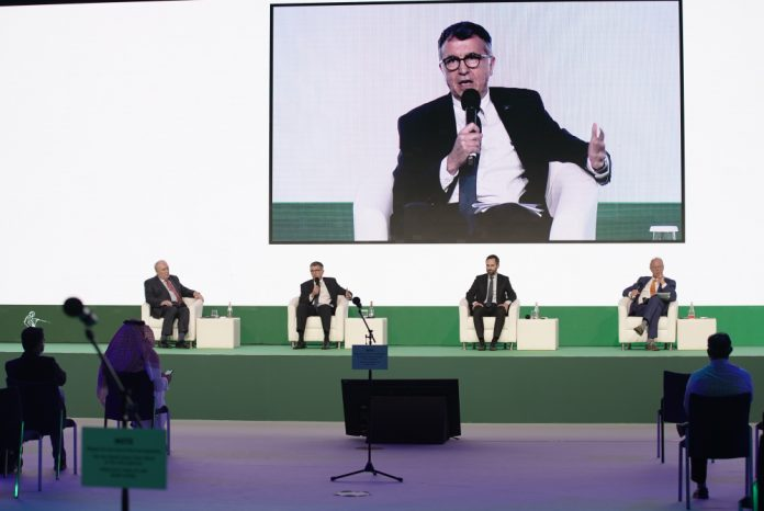 Middle eat aviation experts discussion at ATM