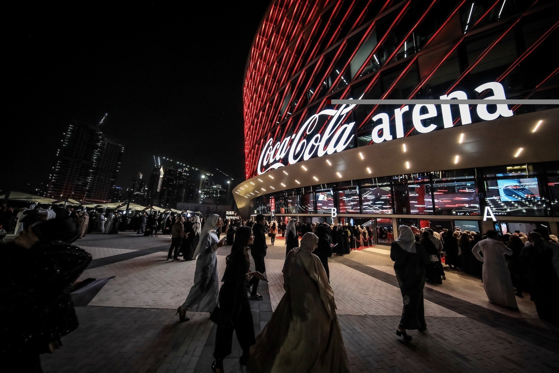 Explore Dubai After Dark with Evening Concerts and Great Live Shows This Dubai Summer Surprises